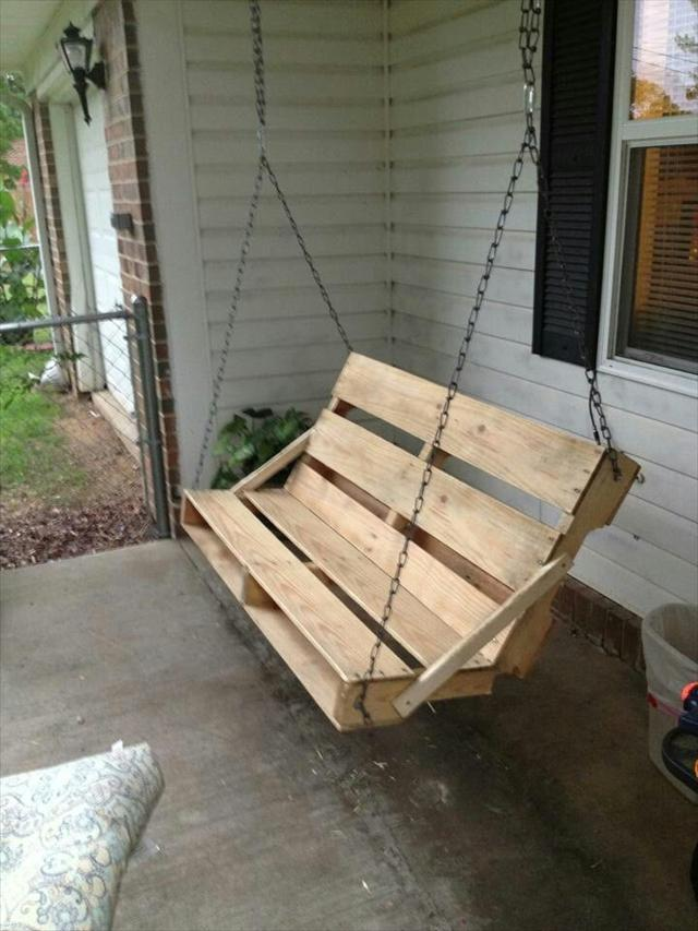 DIY Pallet Garden Swing Project Ideas