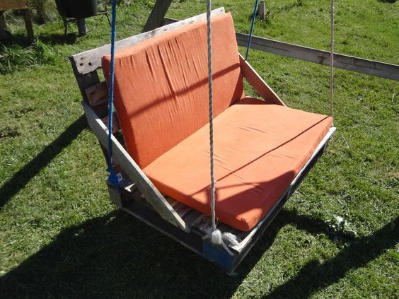 DIY Pallet Swing Projects