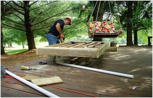 A Step by Step Guide to Creating Wooden Pallet Beds 3