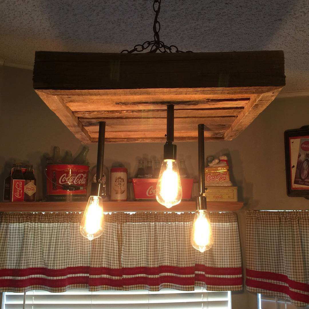 Wooden Pallet Outdoor Chandelier