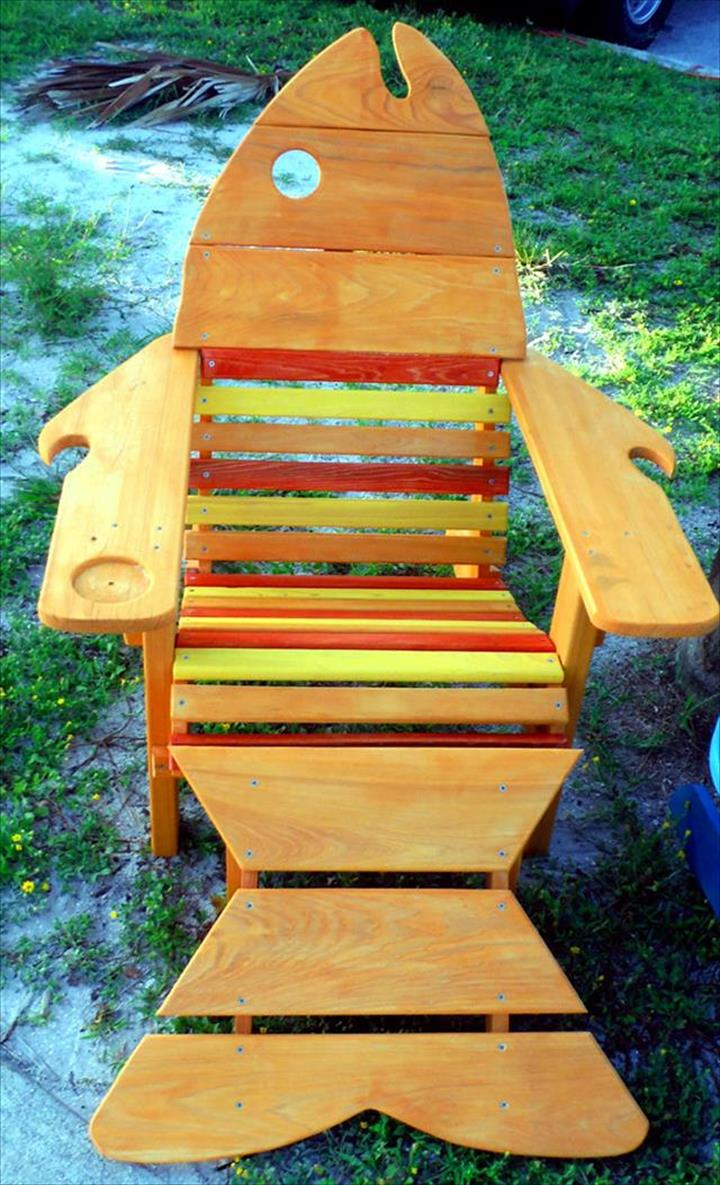 Adirondack Chairs Made From Recycling Pallets