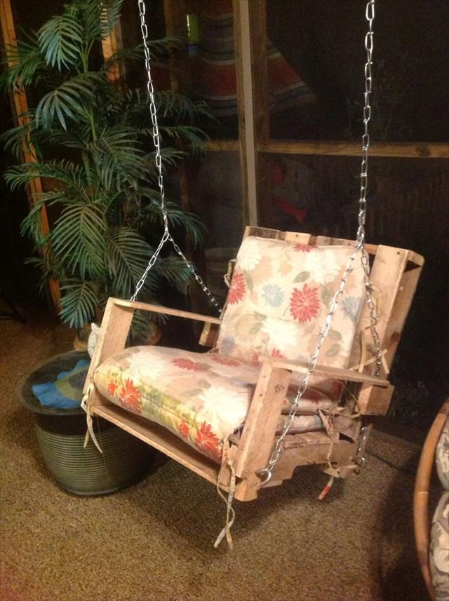 Wooden Pallet Swing Chairs