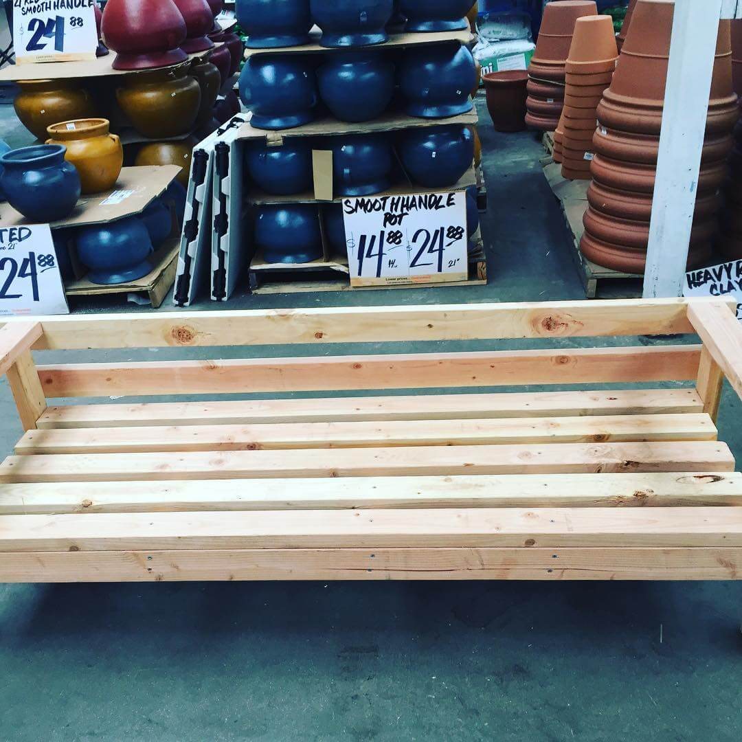 Step wise Construction of an Outdoor Pallet Furniture
