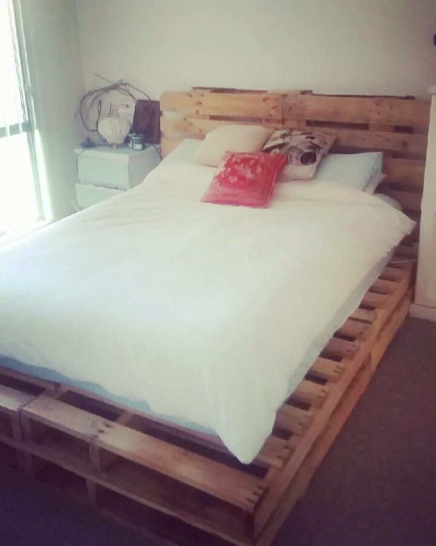 Construction of modern Pallet bed