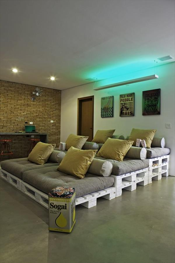 Pallet Home theater Ideas