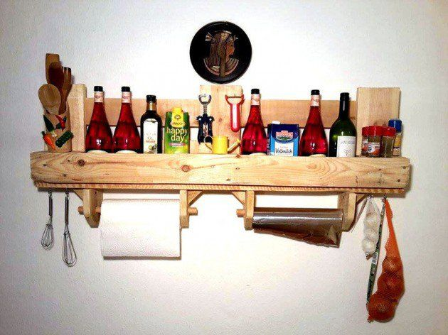 DIY Pallet kitchen shelf