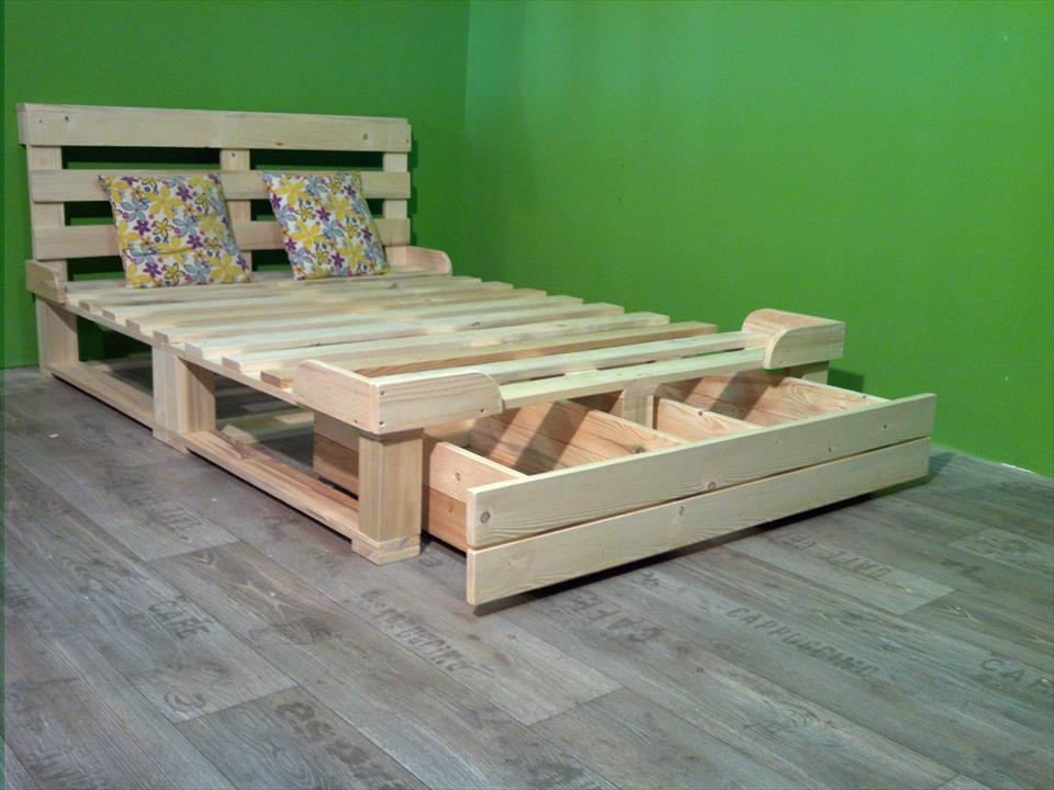 Pallet Bed with Storage Ideas
