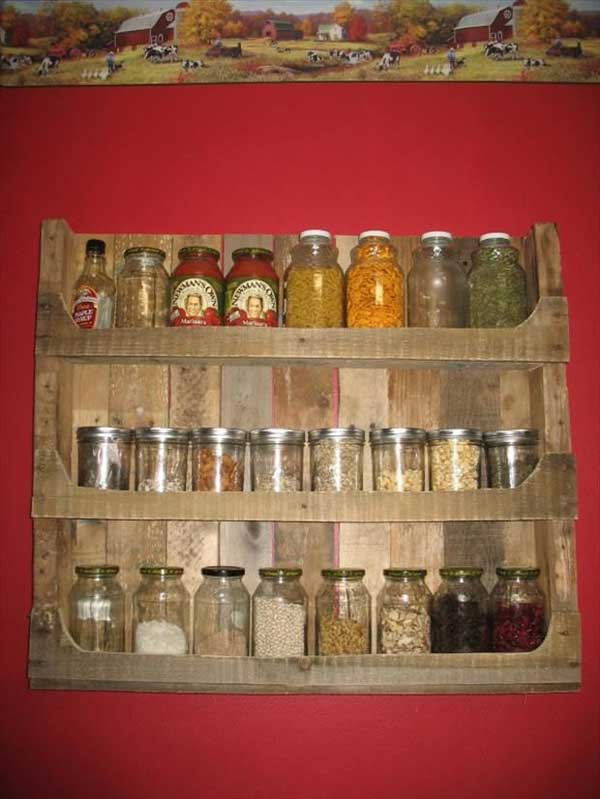 Pallet Kitchen spice shelf