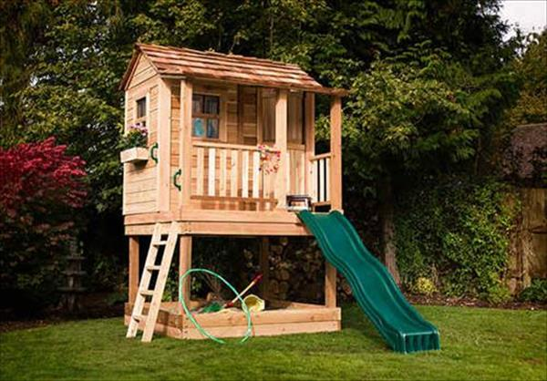 Pallet Playhouse.