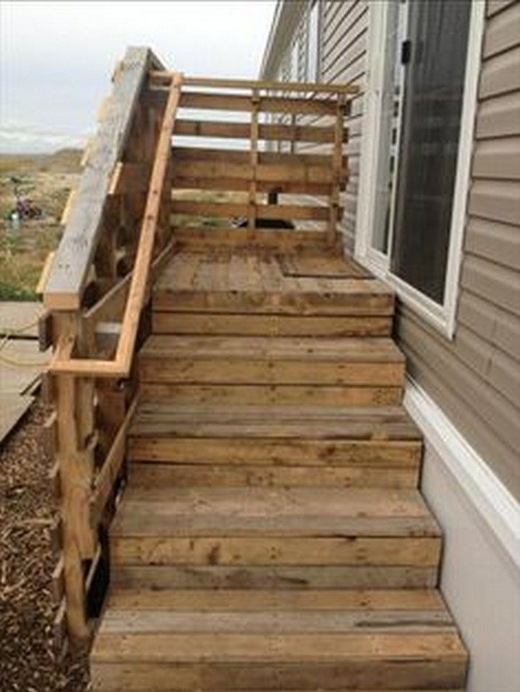 Pallet stairs