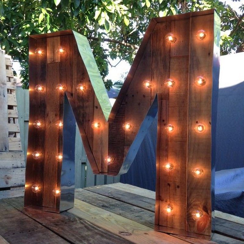 DIY Pallet Lettered Marquees Art