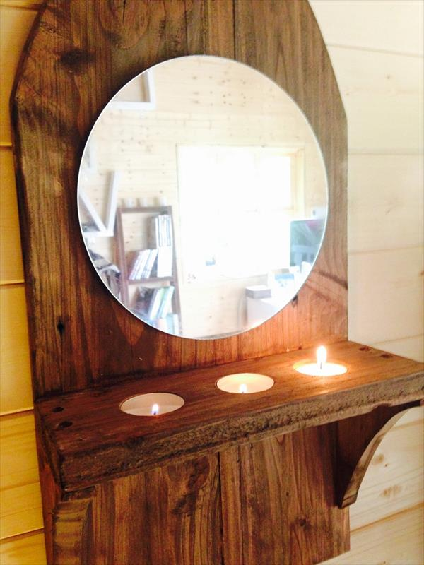 DIY Pallet Wall Mirror With Candle Holder