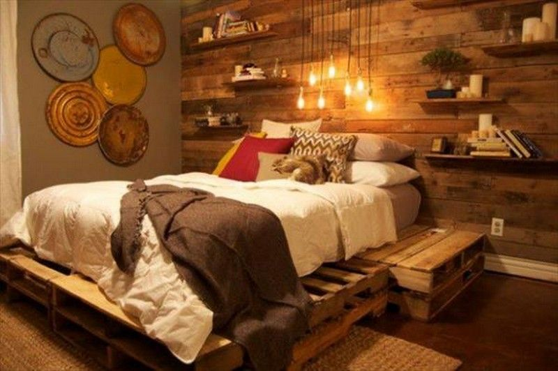 How to Create a Wooden Pallet Bed