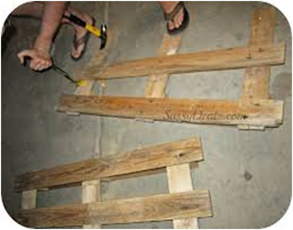 Initial Step Simple Guide to making Pallet Patio Furniture