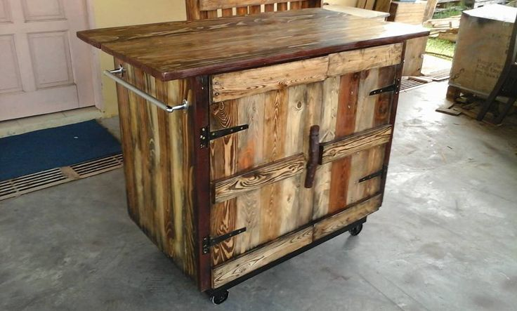 Kitchen Island made of wooden pallet