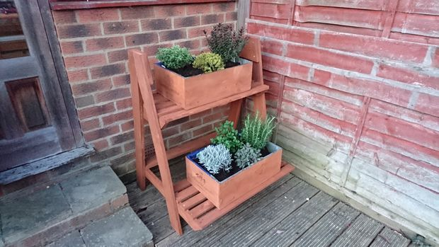 Pallet Staggered Planter