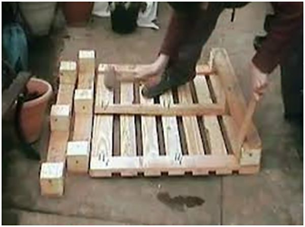 Second step Simple Guide to making Pallet Patio Furniture