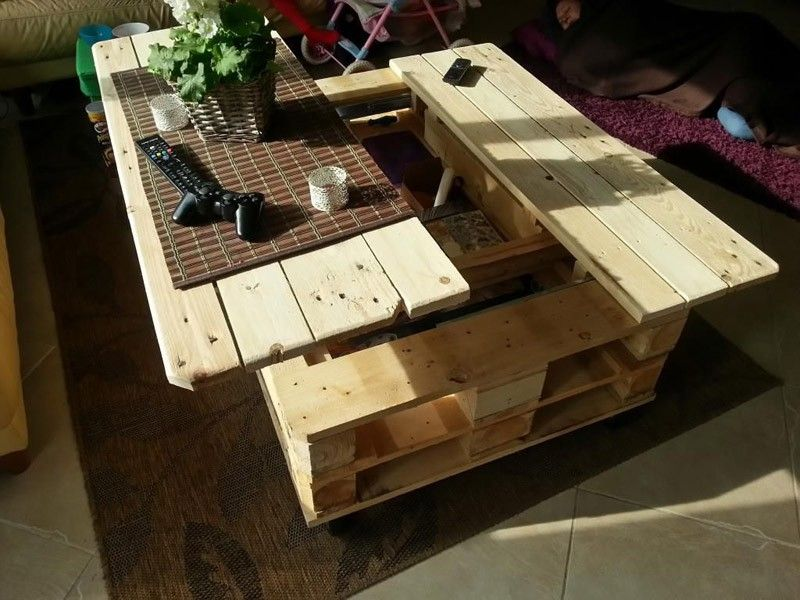 Multifunctional Coffee Table made from Wooden Pallets