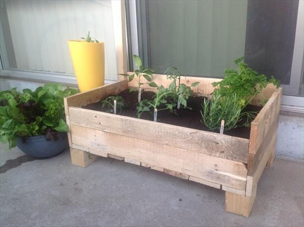 Flower pallet planter box