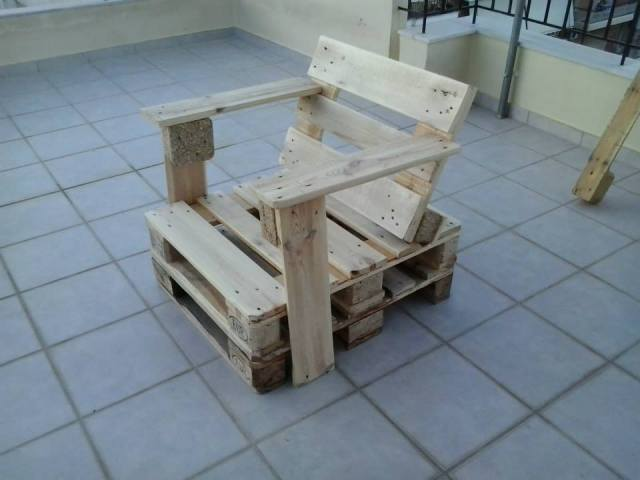 Wooden pallet storage pallet furniture