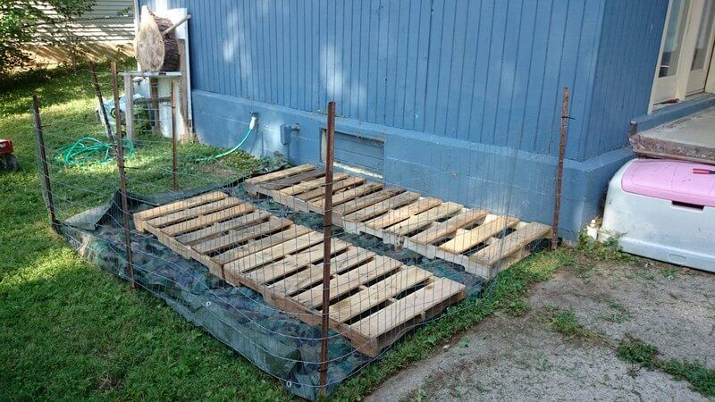 Wooden Pallet Raised Garden Beds