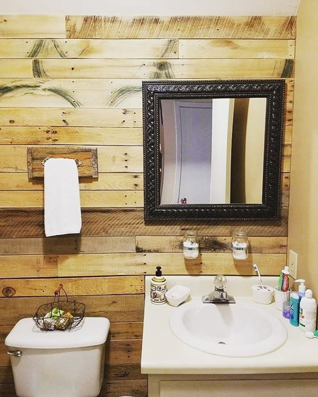 Pallet sink decor