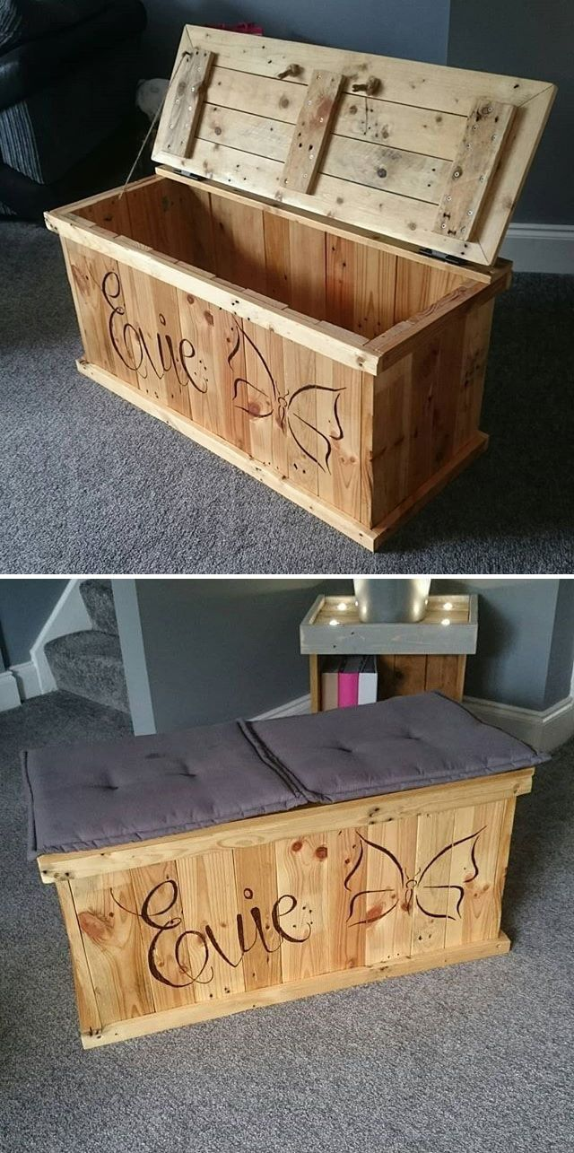 Pallet stoarge table