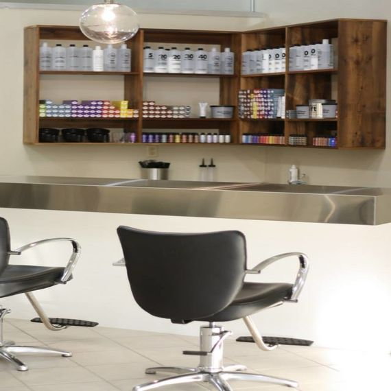 Pallet wall shelf for beauty salon