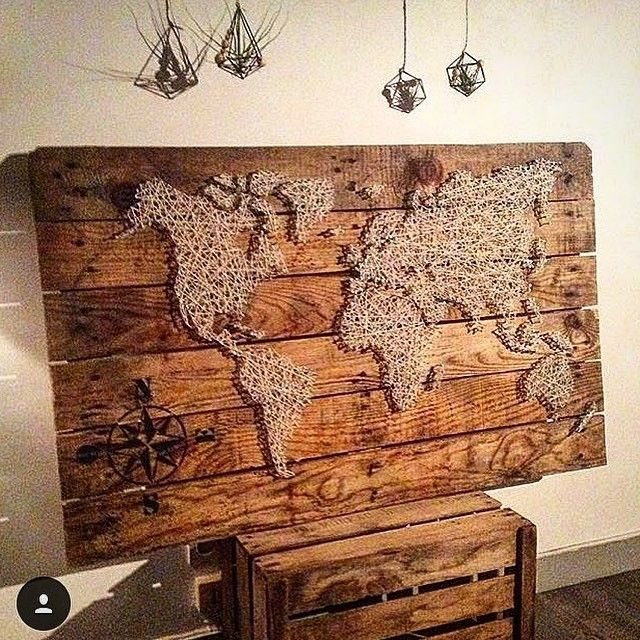 Pallet wall map decor
