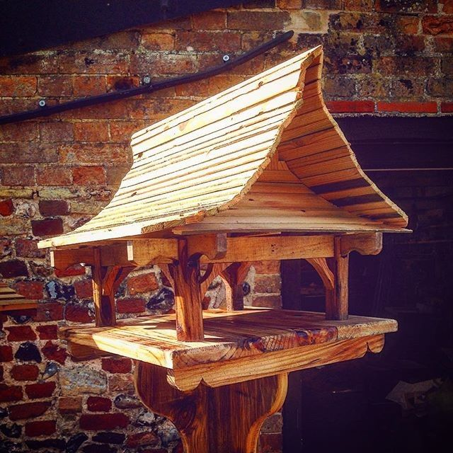 Pallet outdoor bird house