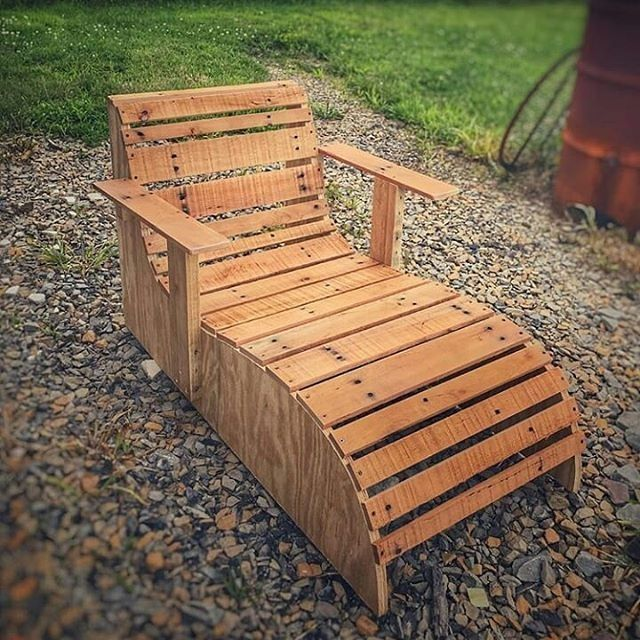 Pallet outdoor chair