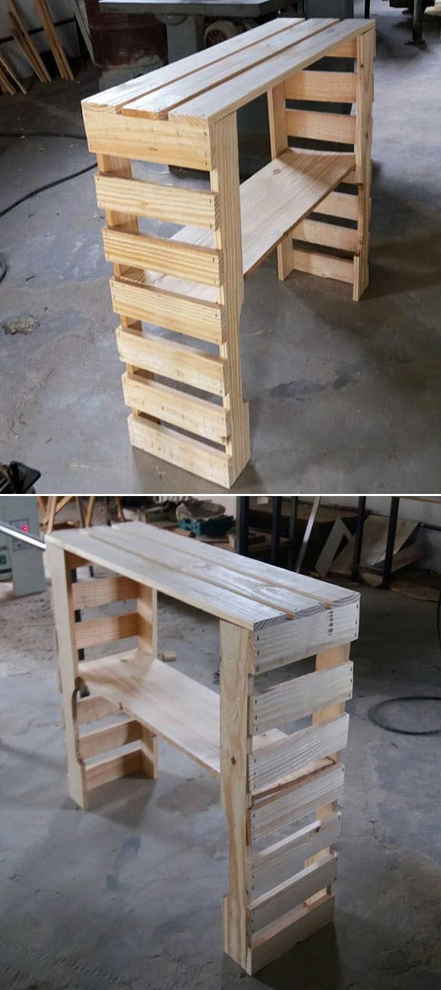 Pallet outdoor desk