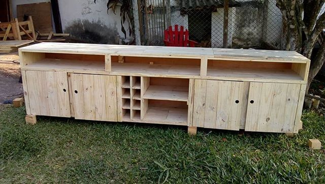 awesome pallet tv stand with drawers