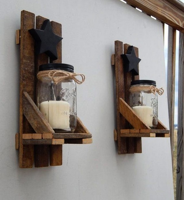 Pallet wall crafts