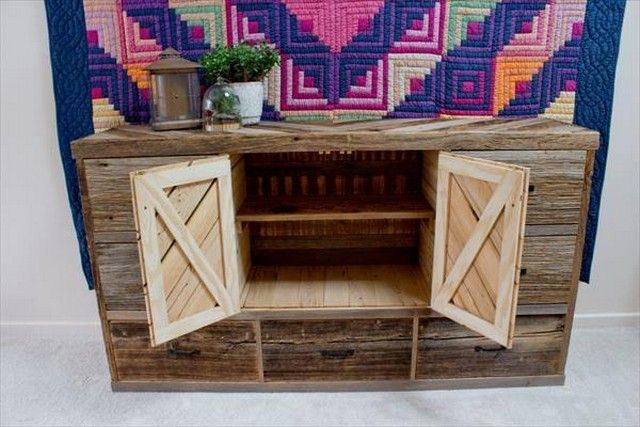Easy To Make Pallet Shipping Projects Ideas