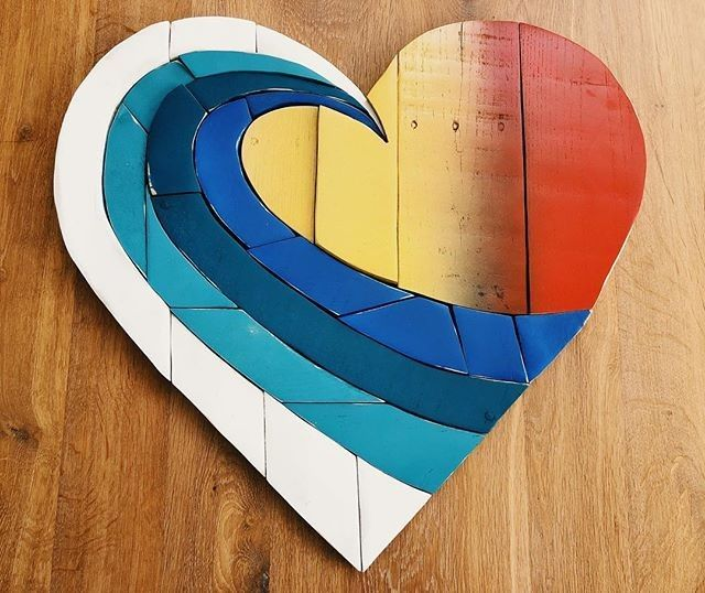Pallet heart wall art projects