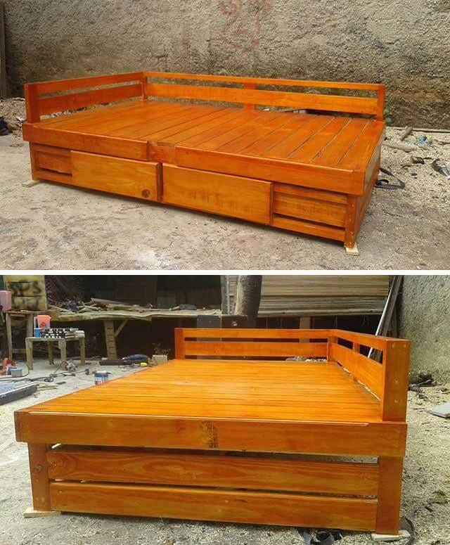 Glorious Pallet Furniture Ideas Made From Old Wood