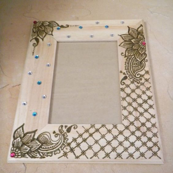 Best Mehndi Designs On Living Room Pallet Frames